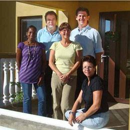 Compact S Bonaire Team