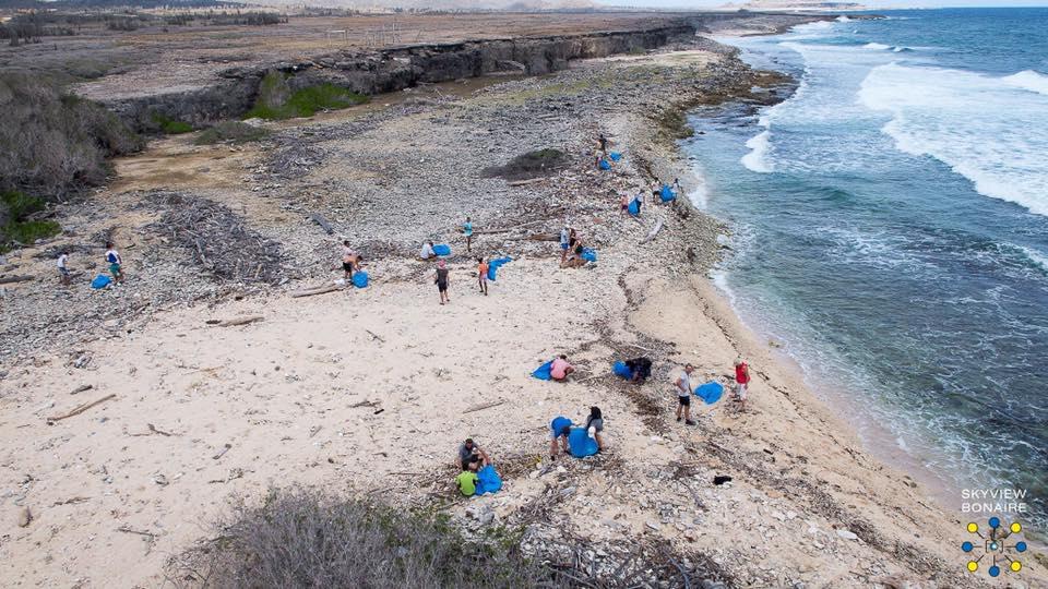coastal cleanup morotin bonaire sustainable